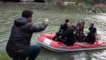 BARAJ GÖLÜ - Artvin'de Baraj Gölünde Tekne Battı