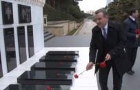 FUTBOL TURNUVASI - Bakan Bak, Azerbaycan Ve Türk Şehitliği'ni Ziyaret Etti