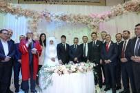 YUSUF ZIYA YıLMAZ - Düğünde şahit rekoru kırıldı