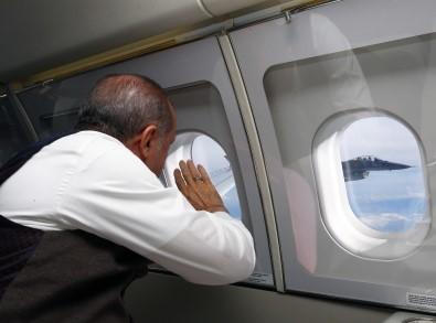 Cumhurbaşkanı Erdoğan, F-16'ları böyle selamladı