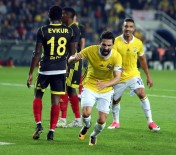 ROBERTO SOLDADO - Fenerbahçe Derbi Öncesi Moral Arıyor