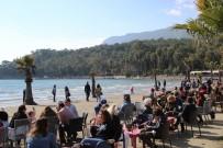SITKI KOÇMAN ÜNİVERSİTESİ - Muğlalılar Sahile Akın Etti
