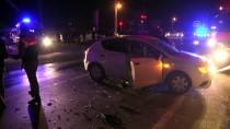 BEKIRPAŞA - Sakarya'da İki Otomobil Çarpıştı Açıklaması 4 Yaralı