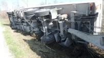 Sinop'ta Tır Kazası Açıklaması 1 Yaralı