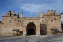 KARAOĞLAN - 2. Murad'ın Yaptırdığı Kervansaray Halen Ayakta