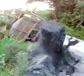KAMYON ŞOFÖRÜ - Kamyonun Ağırlığına Dayanamayan Köprü Çöktü