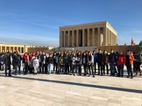 ANıTKABIR - Salbaşlı Öğrenciler Ata'nın Huzurunda