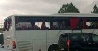 DİYARBAKIR EMNİYET MÜDÜRLÜĞÜ - Sarıyer Otobüsüne Diyarbakır'da Taşlı Saldırı