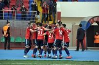 MUSTAFA AYDıN - TFF 2. Lig Açıklaması Zonguldak Kömürspor Açıklaması 1 - Karşıyaka Açıklaması 0
