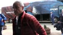 ALI YıLMAZ - Trabzonspor Kafilesi, Manisa'ya Gitti