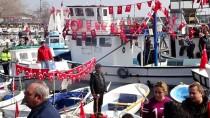 BALIK AVI - Zeytin Dalı Harekatı'na Destek İçin Denizde Tur Attılar