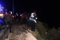 BEKIR YıLMAZ - Aracıyla Denize Uçan Bodrum Belediye Başkan Yardımcısı Hayatını Kaybetti