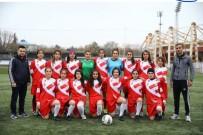 DÜNYA KADıNLAR GÜNÜ - ASP Kadın Futbol Takımı Cumhurbaşkanı Erdoğan'ı Ziyaret Etti