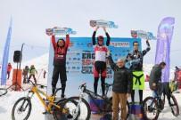 TAŞKıRAN - Bisiklet Tutkunları Erciyes'te Kara Meydan Okudu