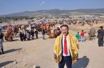 İHRACATÇILAR - Buldan '9. Deve Güreşleri' Yapıldı