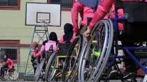 TEKERLEKLİ SANDALYE BASKETBOL - Gazzeli Basketçi Kadınlar, 'Engellerine' Meydan Okuyor