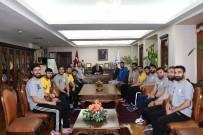 MUSTAFA TALHA GÖNÜLLÜ - Hentbol Takımı Rektör Gönüllü İle Bir Araya Geldi