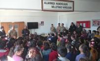 KARAKOL KOMUTANI - İlkokul Öğrencilerinden Afrin'deki Mehmetçiğe Mektup