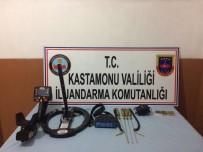 KAÇAK KAZI - Kastamonu'da Kaçak Kazı Yapan 3 Kişi Gözaltına Alındı