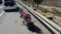 MOTOSİKLET SÜRÜCÜSÜ - Kaza Yapan Motosiklet Sürücüsü Ağır Yaralandı