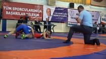 MUSTAFA ÇAKıR - Lisanslı Kadın Güreşçi Sayısı Artıyor