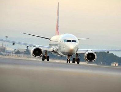 Malatya-İstanbul uçağında şok