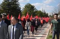 ÜLKÜ OCAKLARı - Malatya Ülkü Ocakları'ndan 'İstiklal Marşı' Yürüyüşü