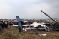BANGLADEŞ - Nepal'de yolcu uçağı düştü