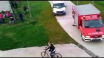 NİLÜFER - Sandalda Mahsur Kalan 5 Kişi Kurtarıldı