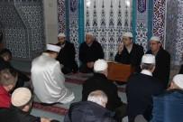 SABAH NAMAZı - Vatandaşlar Namaz Sonrası Kahvaltı Yaptı