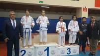 İBRAHİM ASLAN - Yunusemreli Judocular Burdur'dan Derecelerle Döndü