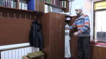 AVCILIK - 'Beyaz Baston'lu Müezzin Azmiyle Örnek Oluyor