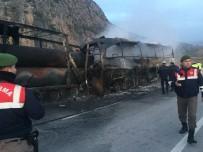 HITIT ÜNIVERSITESI - Çorum'daki Trafik Kazasında Yaralananların İsimleri Belirlendi