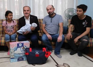 Denizli'de 'Hoş Geldin Bebek' Projesi Devam Ediyor