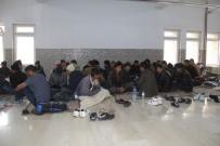 BANGLADEŞ - Donma Tehlikesi Yaşayan Kaçakları Mehmetçik Kurtardı