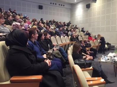 Erzurum'da,  'Aile İçi İletişim' Konferansı