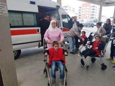 Evlerine Gidenler Teker Teker Hastaneye Getirildi