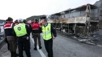 HITIT ÜNIVERSITESI - GÜNCELLEME - Çorum'da Tıra Çarpan Yolcu Otobüsü Alev Aldı