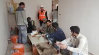 SPERM - İnşaat İşçileri Seda Sayan'dan Özür Bekliyor