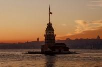 GALATA KULESI - İstanbul'da Gün Batımı Kartpostallık Görüntüler Oluşturdu