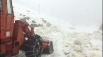 NEMRUT - Nemrut Dağı'nda Karla Mücadele