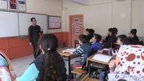 Öğrenciler 'Afişli Motivasyon'la Geleceğe Hazırlanıyor