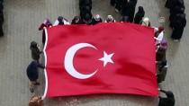 Öğrencilerden Mehmetçik'e Kareografili Destek