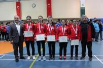 OSMANGAZI BELEDIYESI - Osmangazi'de Badminton Heyecanı