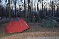 KURTARMA EKİBİ - (Özel) - Sakarya UMKE Ve Arama Kurtarma Dernekleri Zorlu Şartlarda Kamp Yapıyor