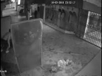 ELEKTRİKLİ BİSİKLET - Uyumaya Girdikleri Kuaför Soyulunca Başları Belaya Girdi