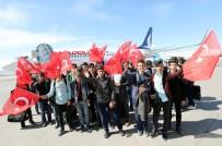 GAZİ YAKINI - Vanlı Gençler 18 Mart Şehitleri Anma Günü Dolayısıyla Çanakkale'ye Gönderildi