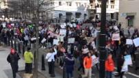NEW YORK - ABD'de Öğrenciler Silah Yasasını Protesto Etti