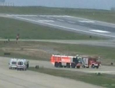 Ambulans uçak Trabzon'a acil iniş istedi