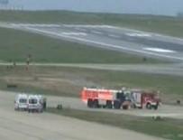 AMBULANS UÇAK - Ambulans uçak Trabzon'a acil iniş istedi
